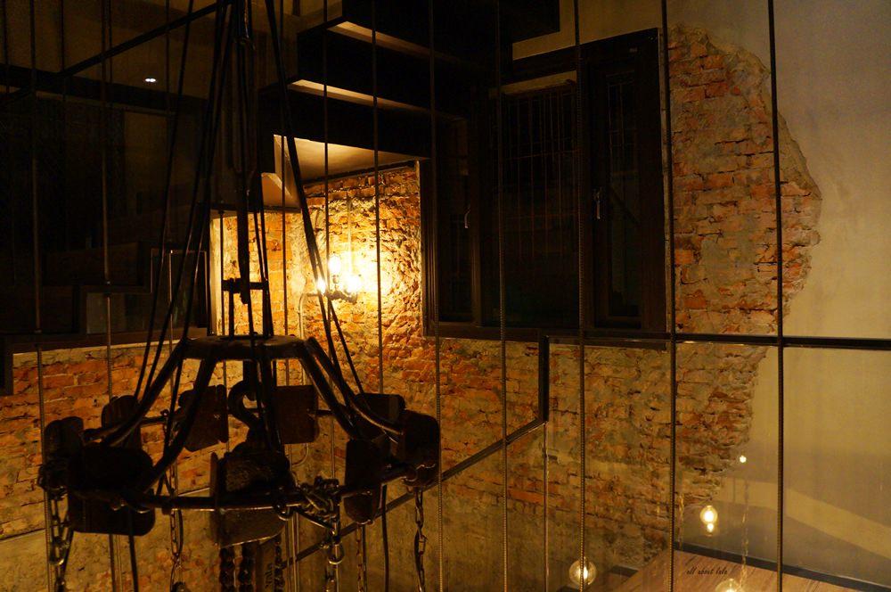 2016 03 29 204357 43 - 台中西區 牧熊小館Moow 輕食 鹹派 有設計感的工業風咖啡館