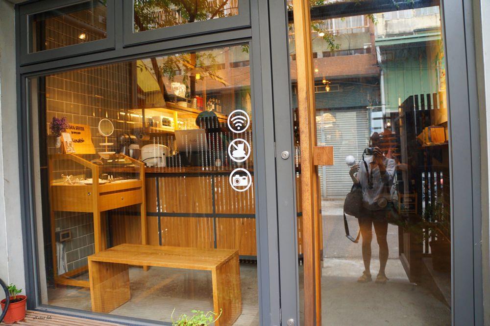 20160727111252 90 - 台中北區Kusabi+咖啡廳 抹茶提拉米蘇超吸睛 午餐 下午茶甜點推薦 老屋新生