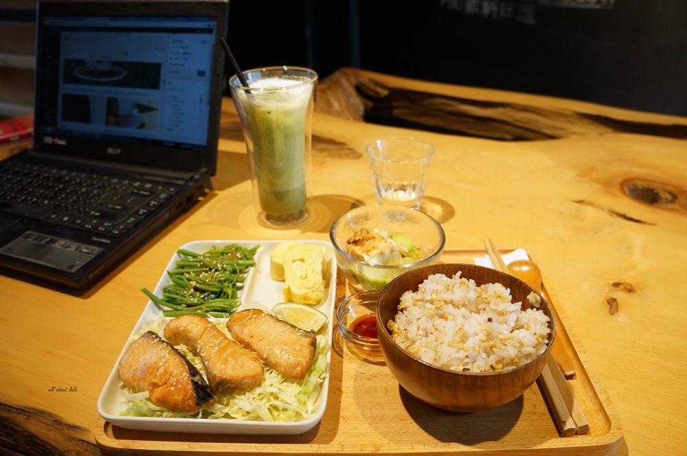 20160727111426 65 - 台中北區Kusabi+咖啡廳 抹茶提拉米蘇超吸睛 午餐 下午茶甜點推薦 老屋新生