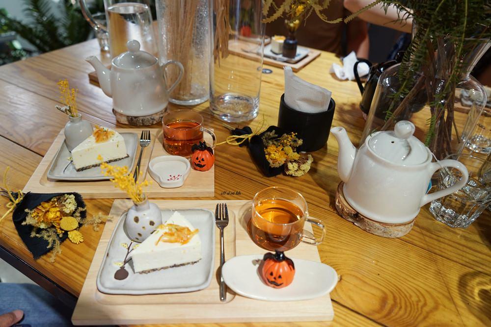20161008103404 46 - 台中西區 弎學植務所 乾燥花環繞的平日限定下午茶 還可以手作DIY迷你花束