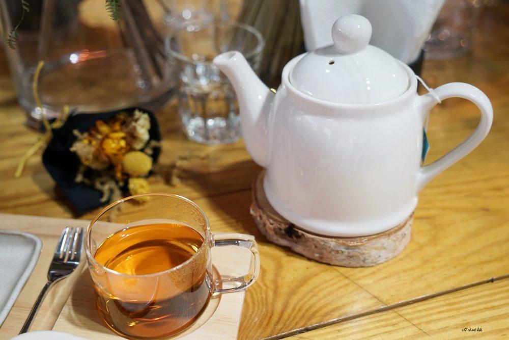 20161008103414 81 - 台中西區 弎學植務所 乾燥花環繞的平日限定下午茶 還可以手作DIY迷你花束