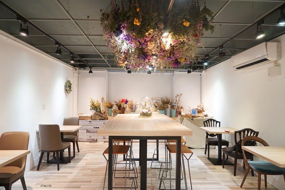 20170313175943 65 - 台中北區 塔米蘭 滿是乾燥花的法式甜點咖啡店 下午茶餐廳推薦
