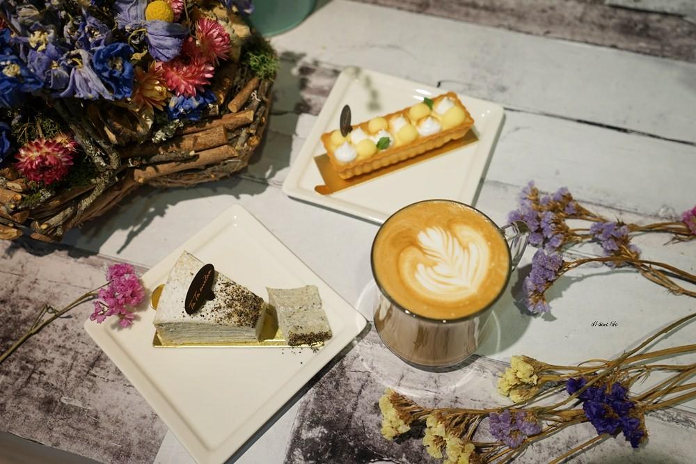20170313180004 4 - 台中北區 塔米蘭 滿是乾燥花的法式甜點咖啡店 下午茶餐廳推薦