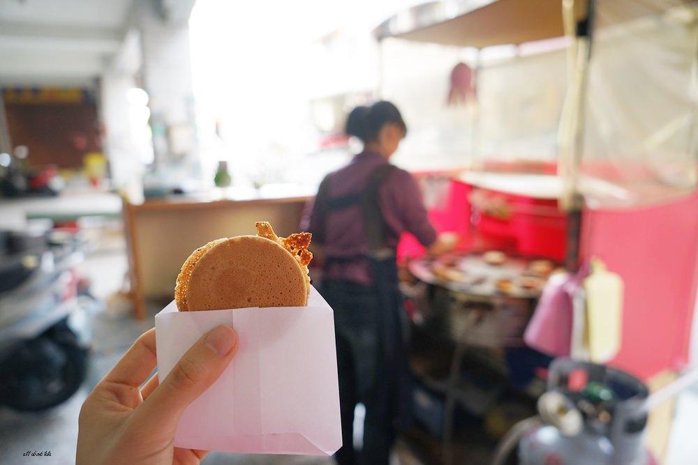 20170324091152 77 - 太平 小雅紅豆餅 多達15種口味的脆皮車輪餅 用愛心製作的人氣小吃