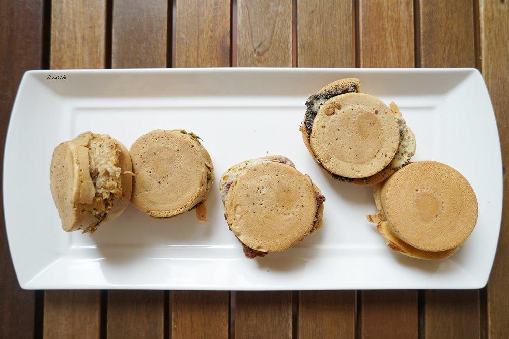 20170324091158 13 - 太平 小雅紅豆餅 多達15種口味的脆皮車輪餅 用愛心製作的人氣小吃