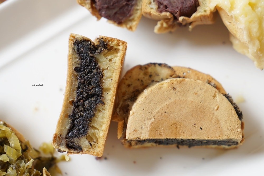 20170324153249 63 - 太平 小雅紅豆餅 多達15種口味的脆皮車輪餅 用愛心製作的人氣小吃