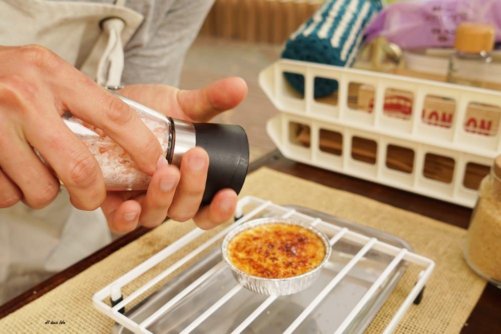 20170331160839 31 - 聽說 甜點三輪車 現點現烤的法式焦糖烤布蕾 還有軟法麵包