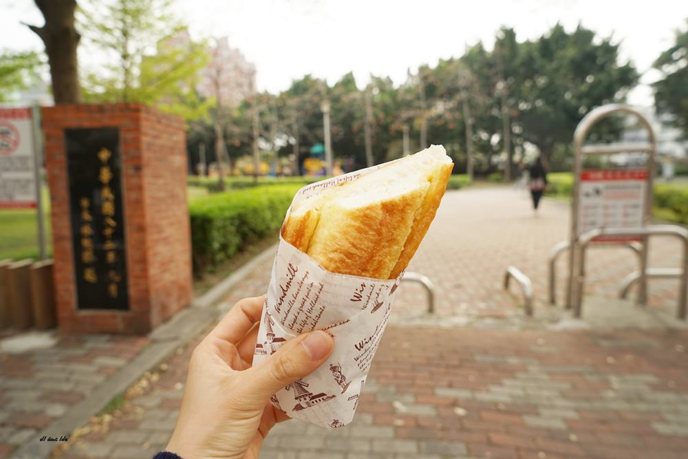 20170331160907 97 - 聽說 甜點三輪車 現點現烤的法式焦糖烤布蕾 還有軟法麵包