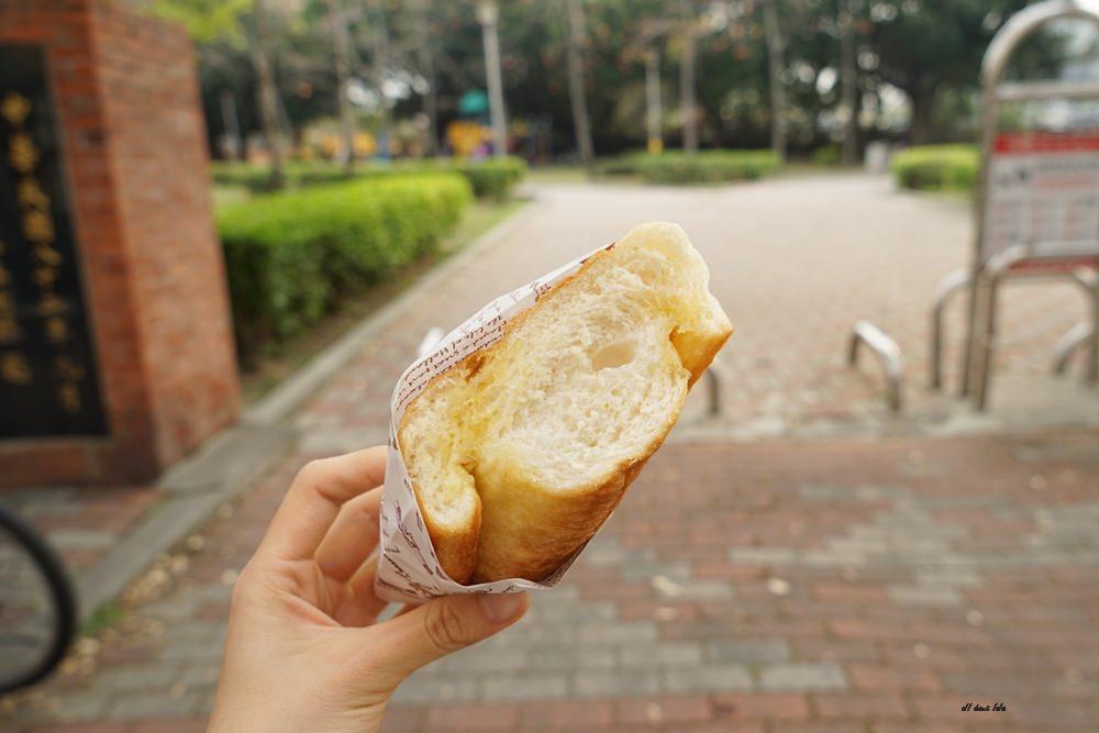 20170331160910 53 - 聽說 甜點三輪車 現點現烤的法式焦糖烤布蕾 還有軟法麵包