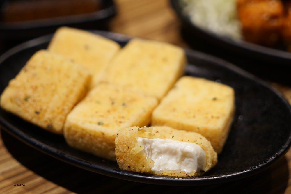 20170407202421 6 - [熱血採訪]豚將日式豚骨拉麵 最平價的吃到飽 55元起 加麵不用錢 還有多種小菜