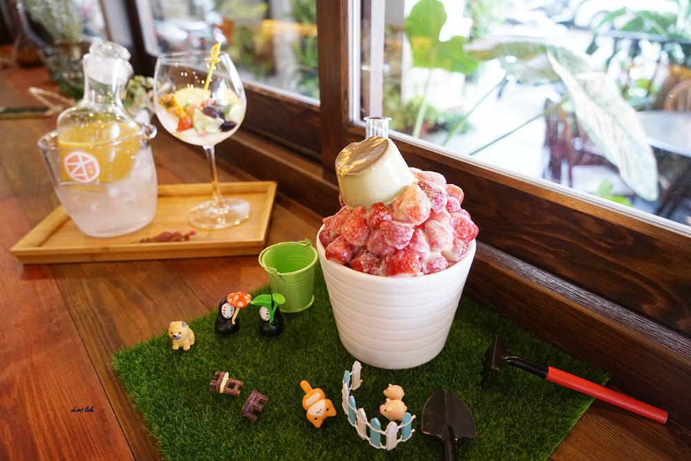 20170607171157 30 - 台中南屯 作客青果冰室 超浮誇的新鮮果汁與復古文青風冰品推薦