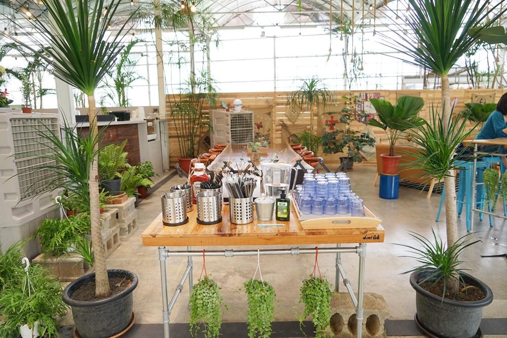 20170608114738 4 - [熱血採訪]山姆派樂 溫室花園般的漂亮景觀餐廳 咖哩飯好吃 甜點平價 自家烘焙咖啡好喝