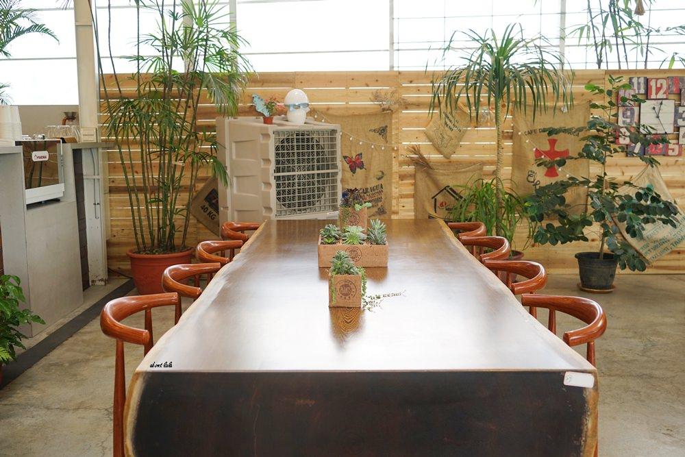 20170608114811 61 - [熱血採訪]山姆派樂 溫室花園般的漂亮景觀餐廳 咖哩飯好吃 甜點平價 自家烘焙咖啡好喝