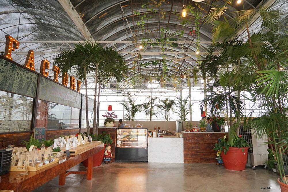20170608114824 91 - [熱血採訪]山姆派樂 溫室花園般的漂亮景觀餐廳 咖哩飯好吃 甜點平價 自家烘焙咖啡好喝