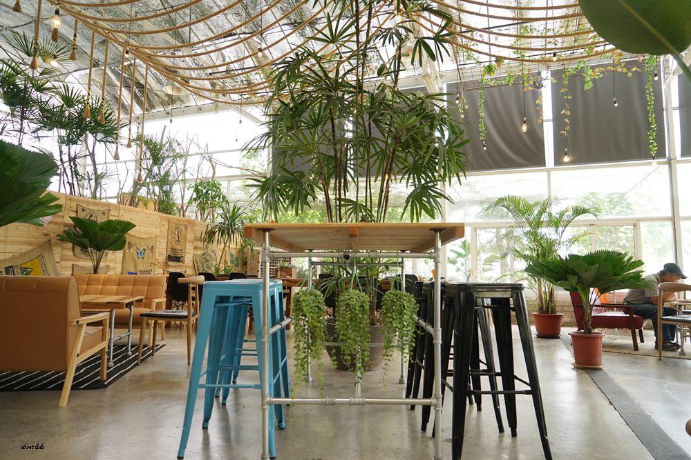 20170608114910 14 - [熱血採訪]山姆派樂 溫室花園般的漂亮景觀餐廳 咖哩飯好吃 甜點平價 自家烘焙咖啡好喝