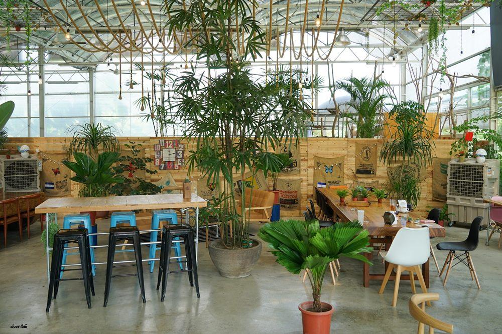 20170608180425 49 - [熱血採訪]山姆派樂 溫室花園般的漂亮景觀餐廳 咖哩飯好吃 甜點平價 自家烘焙咖啡好喝
