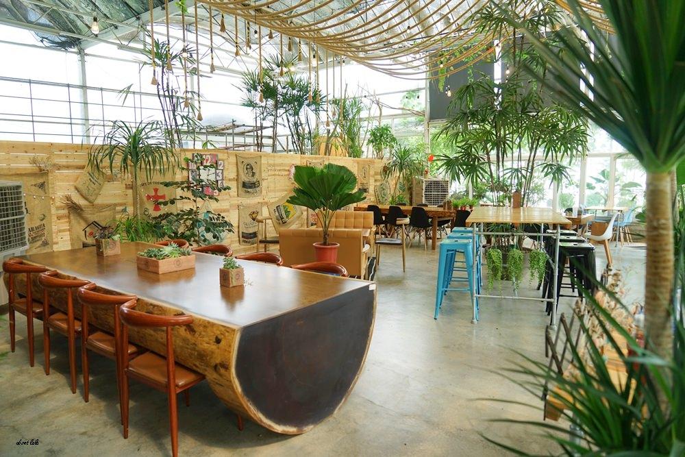 20170608180426 99 - [熱血採訪]山姆派樂 溫室花園般的漂亮景觀餐廳 咖哩飯好吃 甜點平價 自家烘焙咖啡好喝