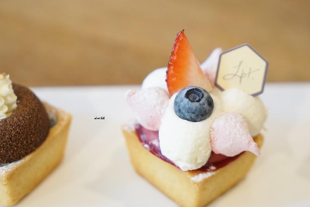 20170717172447 48 - 台中甜點︱樂緹波兒 芋頭千層蛋糕 法式甜點塔都好吃 下午茶推薦 近costco美食