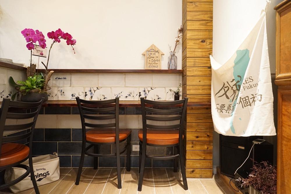 20170928145738 53 - 台中西區|肆月捌 X Dakuaidai甜室 有溫度的老屋餐廳 舒肥牛排好吃不貴