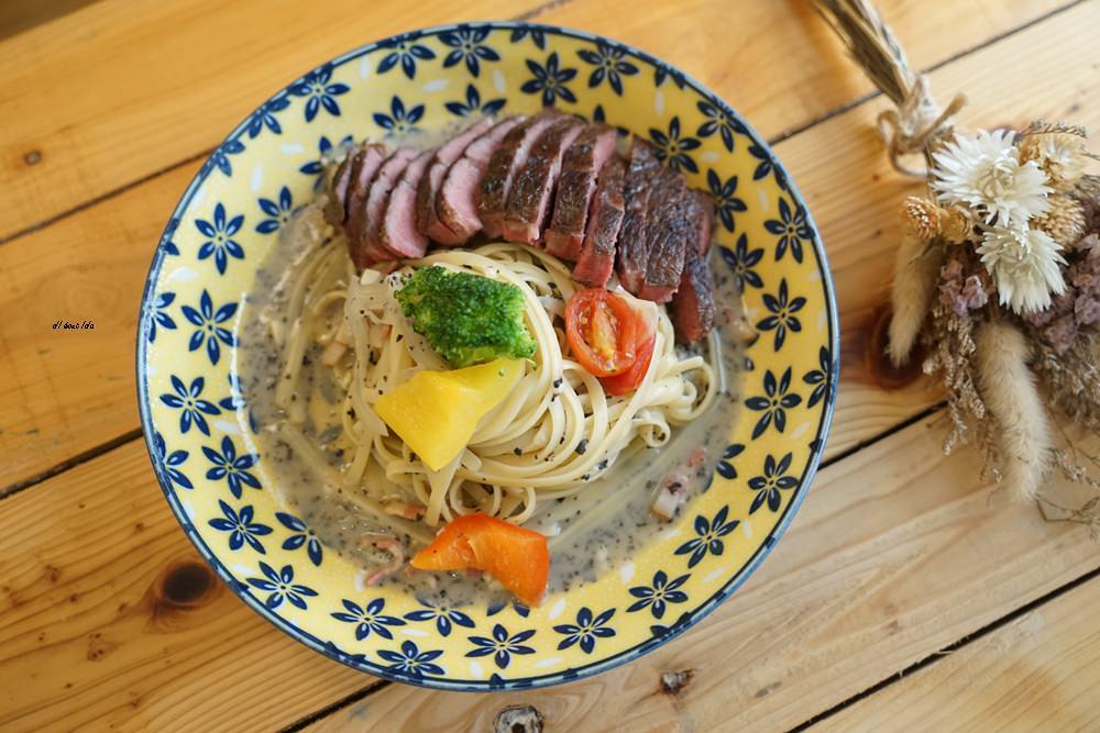 20170928145825 10 - 台中西區 肆月捌 X Dakuaidai甜室 有溫度的老屋餐廳 舒肥牛排好吃不貴