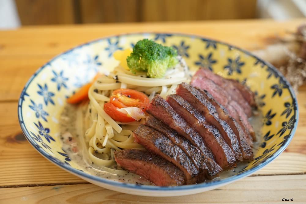 20170928145829 97 - 台中西區 肆月捌 X Dakuaidai甜室 有溫度的老屋餐廳 舒肥牛排好吃不貴