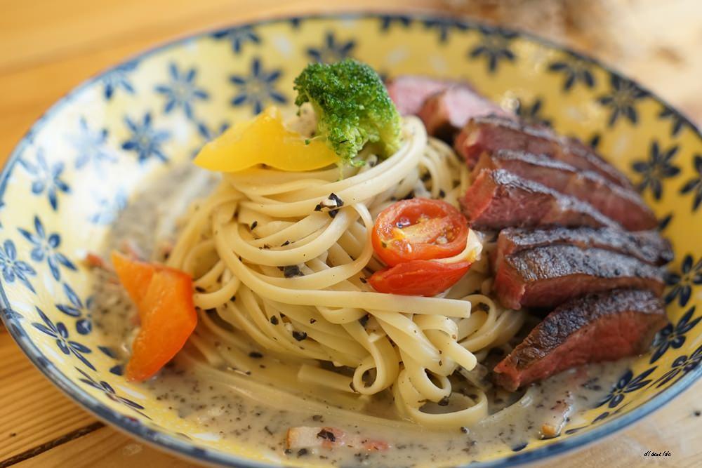 20170928145837 59 - 台中西區 肆月捌 X Dakuaidai甜室 有溫度的老屋餐廳 舒肥牛排好吃不貴