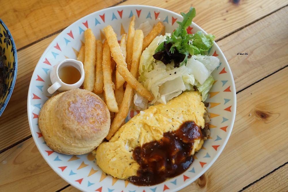 20170928145845 37 - 台中西區 肆月捌 X Dakuaidai甜室 有溫度的老屋餐廳 舒肥牛排好吃不貴
