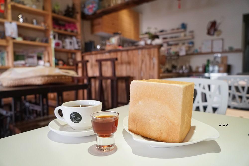 20171027121150 44 - 台中東勢│何朝宗建築師事務所咖啡 手作麵包搶手需預訂 食尚玩家推薦