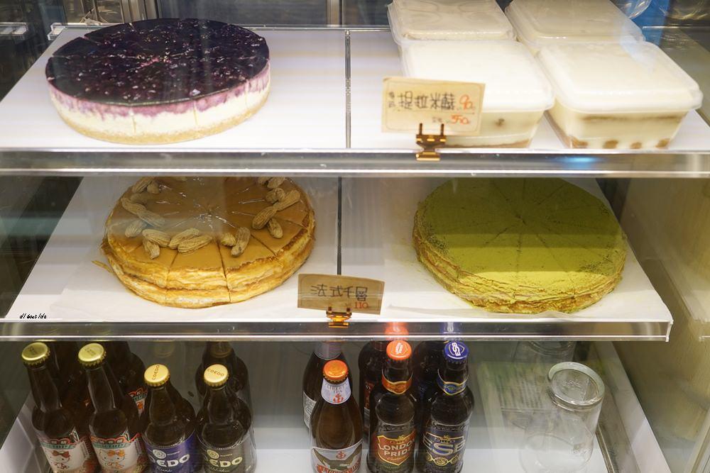 20171029141943 28 - 台中大甲│布魯本咖啡Brewband Coffee 有傳說中比Lady M還厲害的千層蛋糕