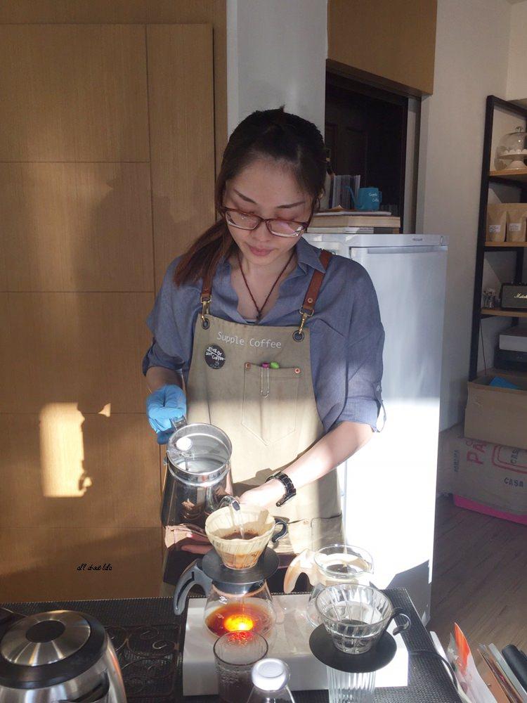 20171122200138 15 - 台中西區│supple coffee自家烘焙咖啡館 正妹吧檯手與好吃的手作甜點