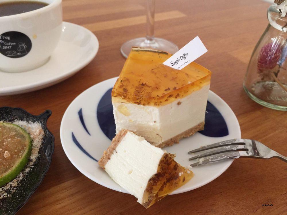 20171122200152 17 - 台中西區│supple coffee自家烘焙咖啡館 正妹吧檯手與好吃的手作甜點