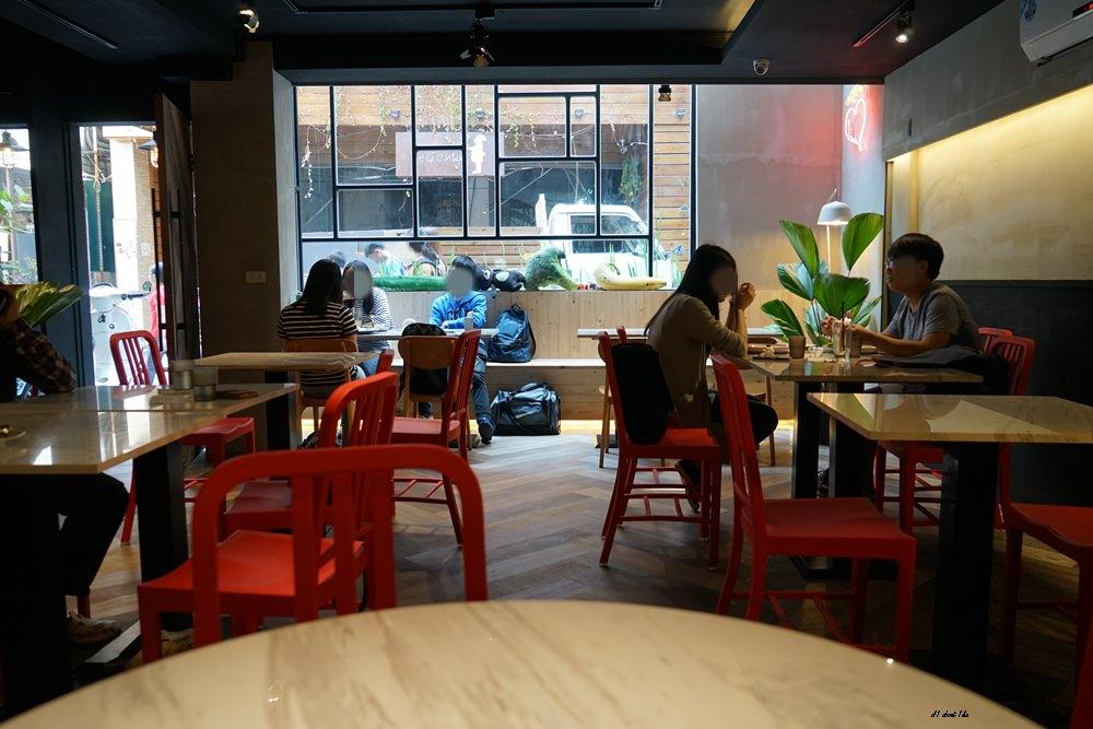 20180306174541 51 - 東海美食|N.N.Thai Thai 泰式料理餐廳 蘑菇新作 IG打卡熱門