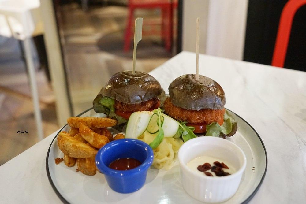 20180306174548 38 - 東海美食|N.N.Thai Thai 泰式料理餐廳 蘑菇新作 IG打卡熱門