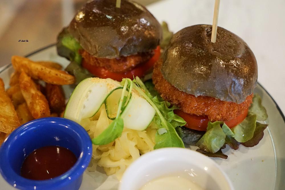 20180306174550 87 - 東海美食|N.N.Thai Thai 泰式料理餐廳 蘑菇新作 IG打卡熱門