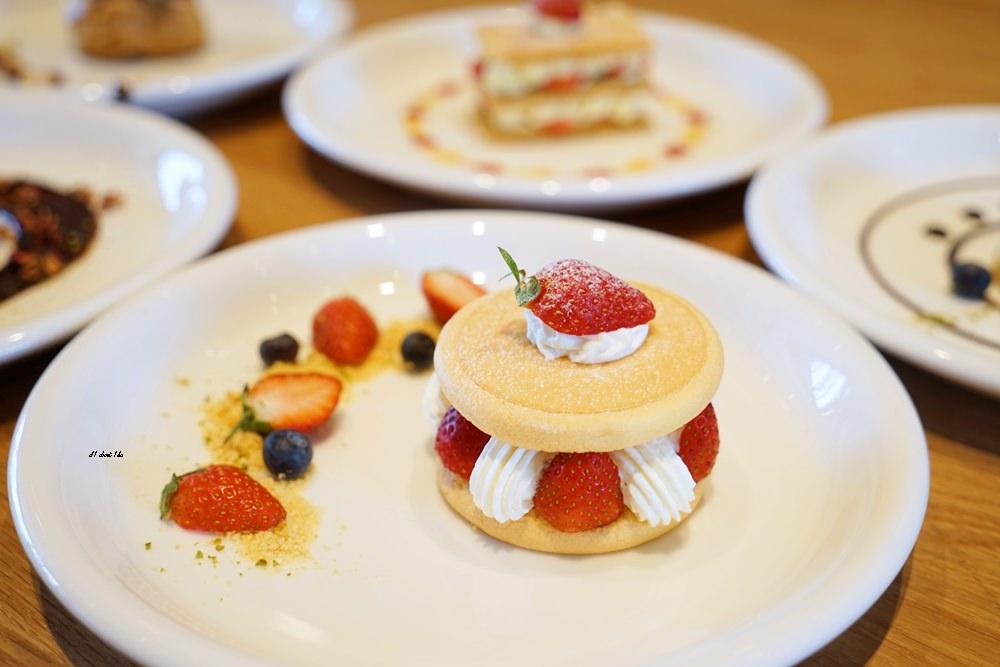 20180308163458 97 - 熱血採訪│卷卷蛋糕 超漂亮法式甜點高貴不貴 輕食好吃推薦 近台中高鐵
