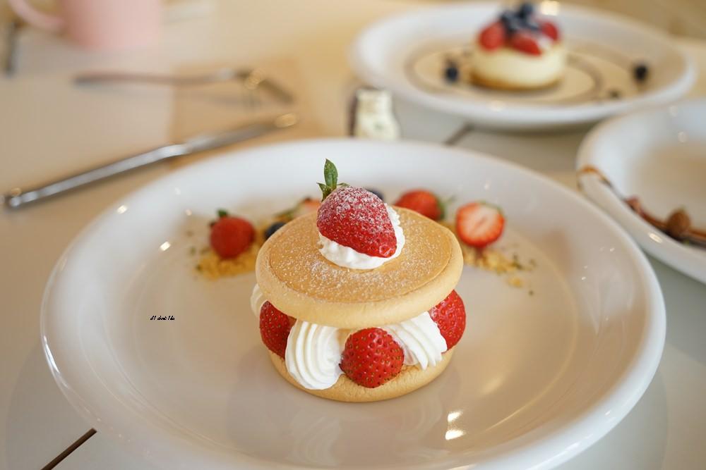 20180308163500 41 - 熱血採訪│卷卷蛋糕 超漂亮法式甜點高貴不貴 輕食好吃推薦 近台中高鐵