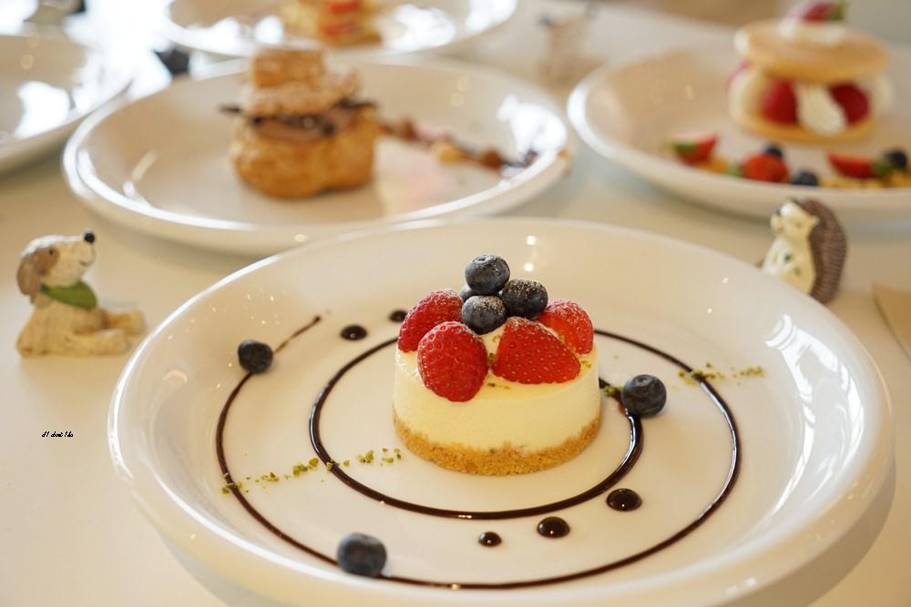 20180308163511 14 - 熱血採訪│卷卷蛋糕 超漂亮法式甜點高貴不貴 輕食好吃推薦 近台中高鐵
