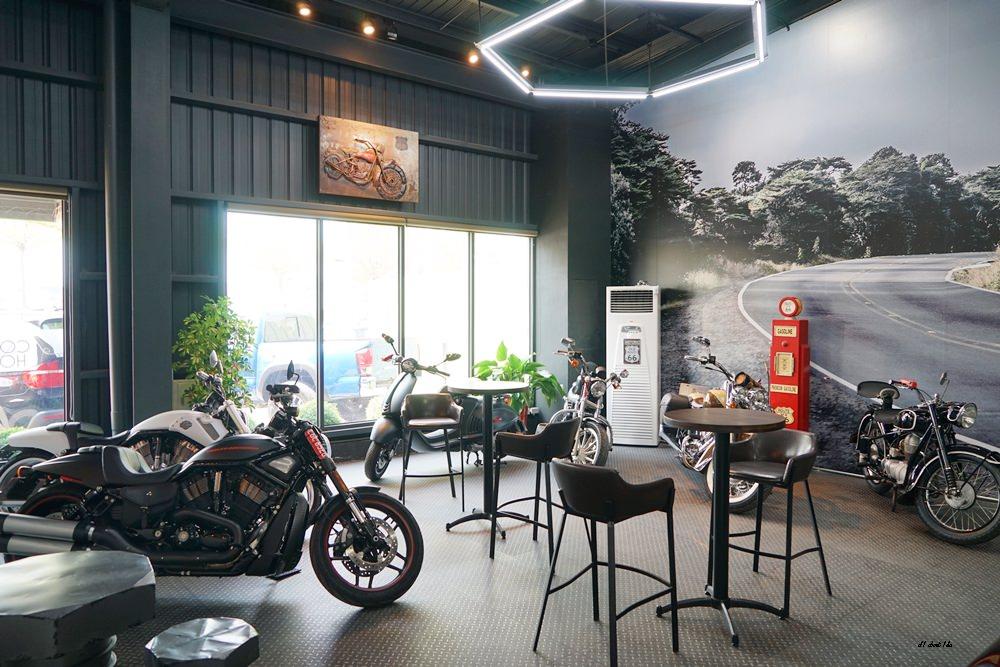 20180322164635 21 - 台中南屯|哈雷重機主題咖啡館 Gear moto coffee shop 極美!!