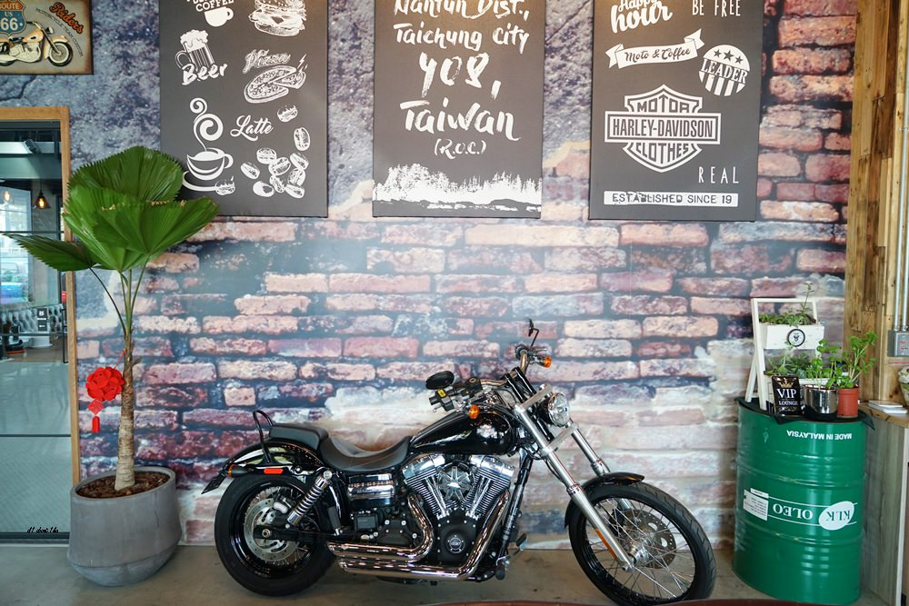 20180322164647 67 - 台中南屯|哈雷重機主題咖啡館 Gear moto coffee shop 極美!!
