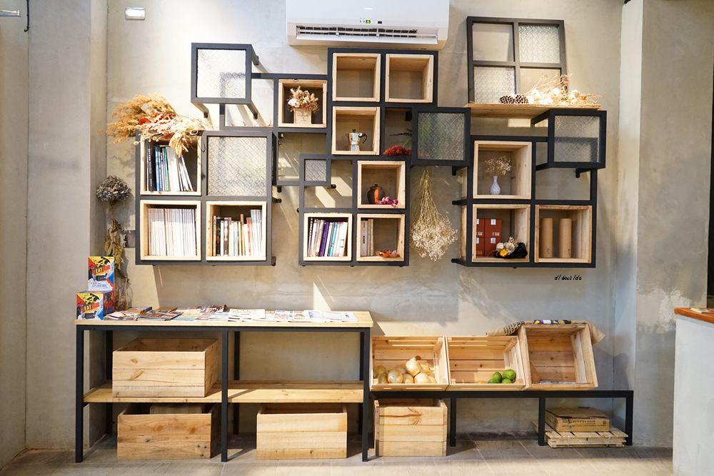 20180401212810 4 - 台中南區|學田有藝 在藝文氣息濃厚的木造老屋吃大人味的提拉米蘇