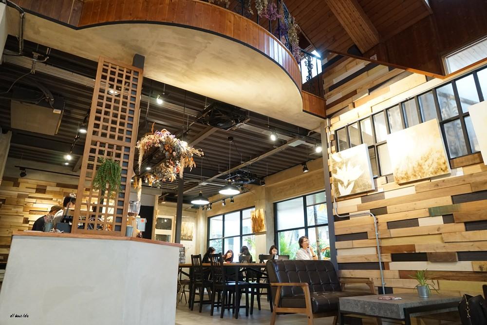 20180401212813 47 - 台中南區|學田有藝 在藝文氣息濃厚的木造老屋吃大人味的提拉米蘇