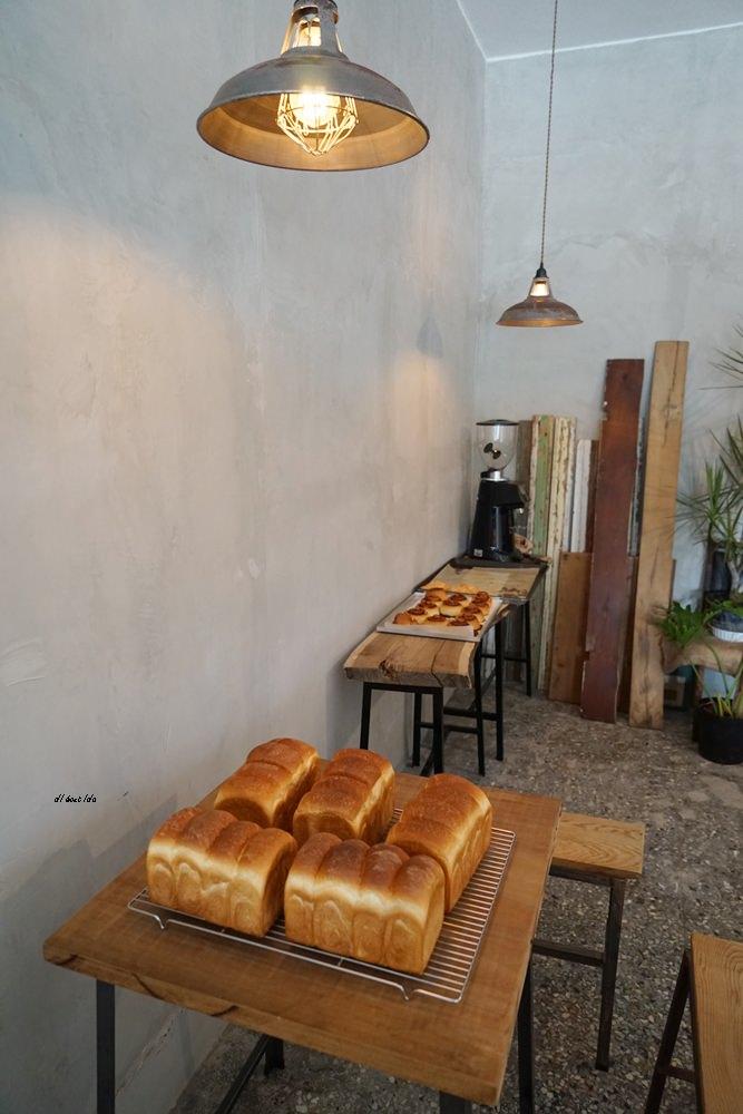 20180515230929 75 - 烏日超有味道的老宅咖啡館-楽珈 Coffee Roaster 還有好吃的手作麵包限量供應