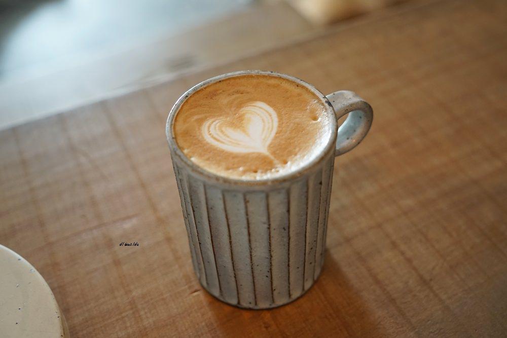 20180515231004 73 - 烏日超有味道的老宅咖啡館-楽珈 Coffee Roaster 還有好吃的手作麵包限量供應