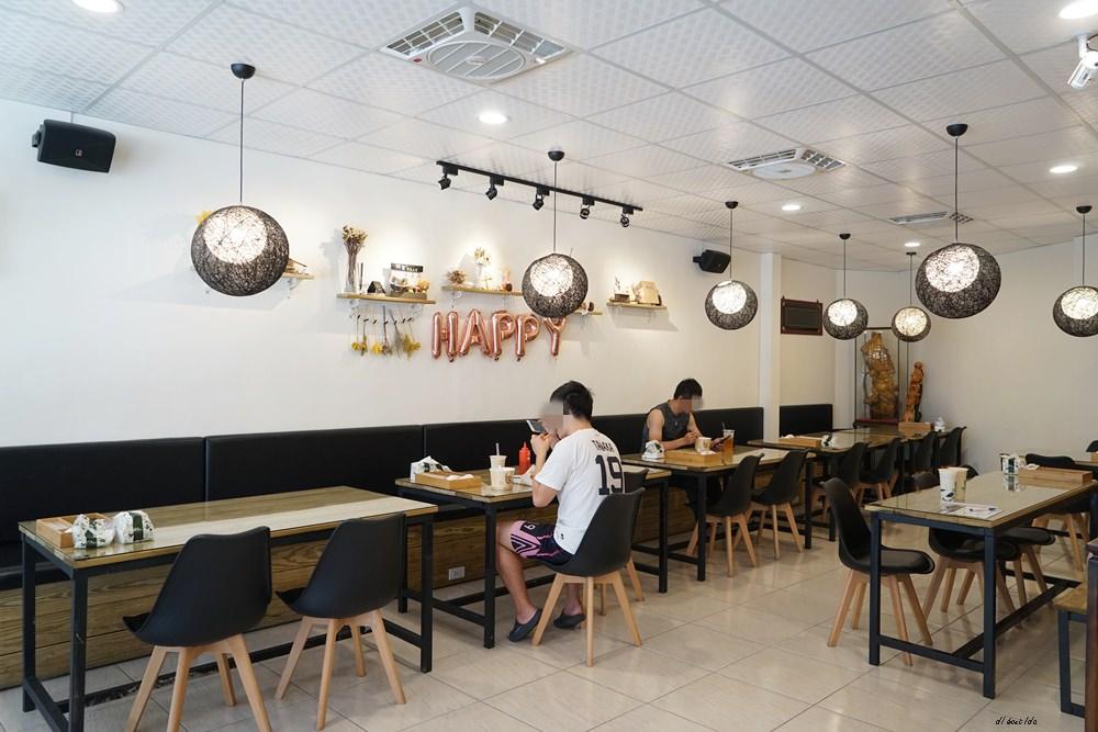 20180611171054 50 - 熱血採訪│烤茶肉蛋土司 早午餐舒適環境卻只要銅板價格 還有好喝飲料喔!