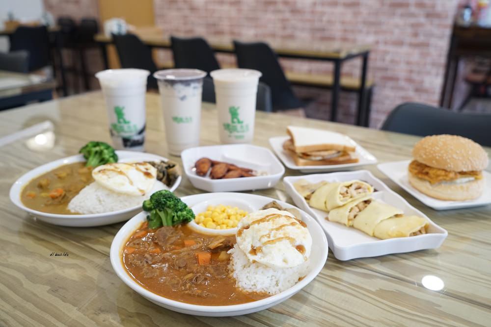 20180611171125 79 - 熱血採訪│烤茶肉蛋土司 早午餐舒適環境卻只要銅板價格 還有好喝飲料喔!