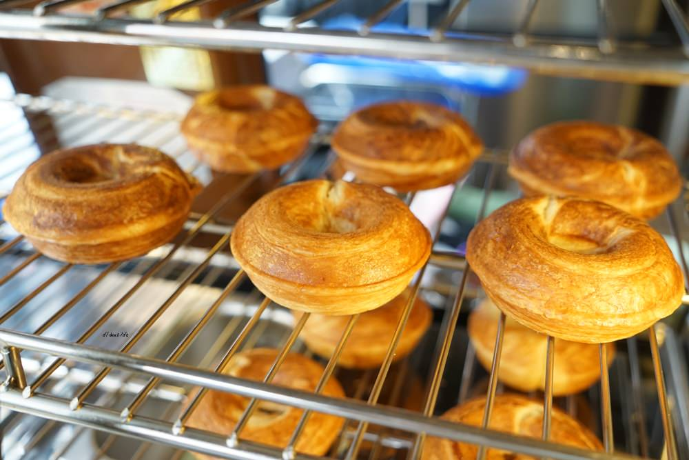 20180613204526 83 - 一中美食︱創意丹麥麵包 有爆漿珍珠奶茶口味 啡嚐丹麥-現烤可拿滋