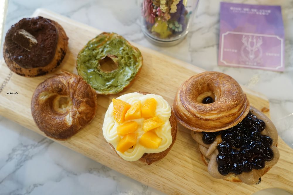20180613204551 17 - 一中美食︱創意丹麥麵包 有爆漿珍珠奶茶口味 啡嚐丹麥-現烤可拿滋