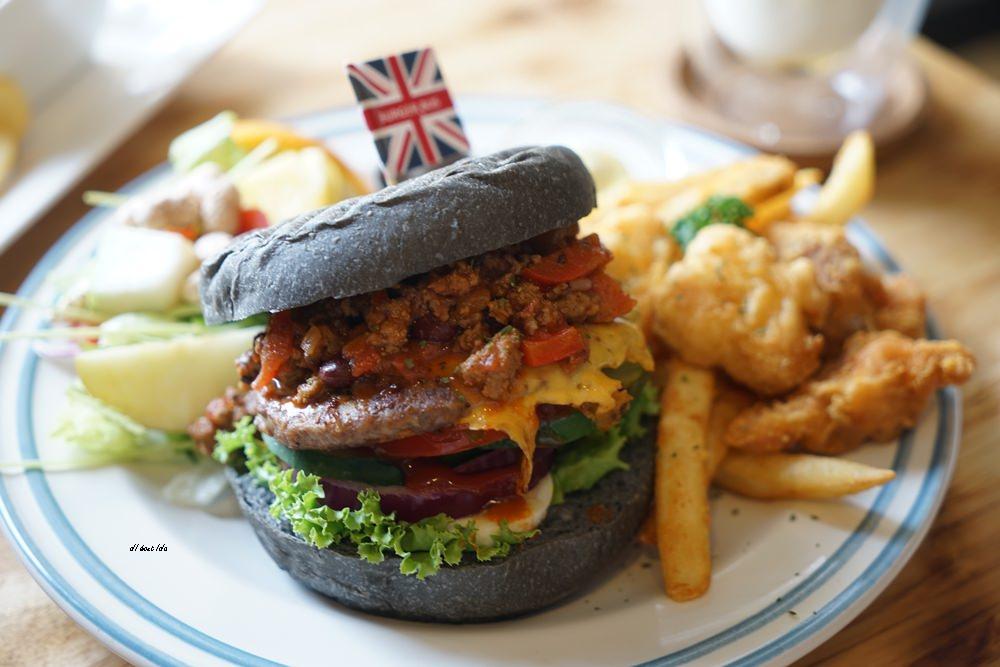 20180629093310 87 - 熱血採訪︱漢堡巴士 清爽的英式漢堡 道地英倫風格的好吃早午餐