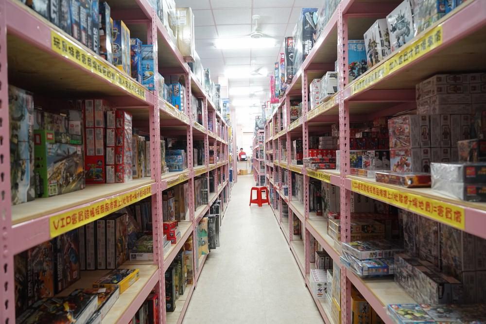 20180704162558 72 - 熱血採訪|亞細亞Toys批發家族 知名品牌玩具特賣開跑 免滿額就批發價 便宜又好買