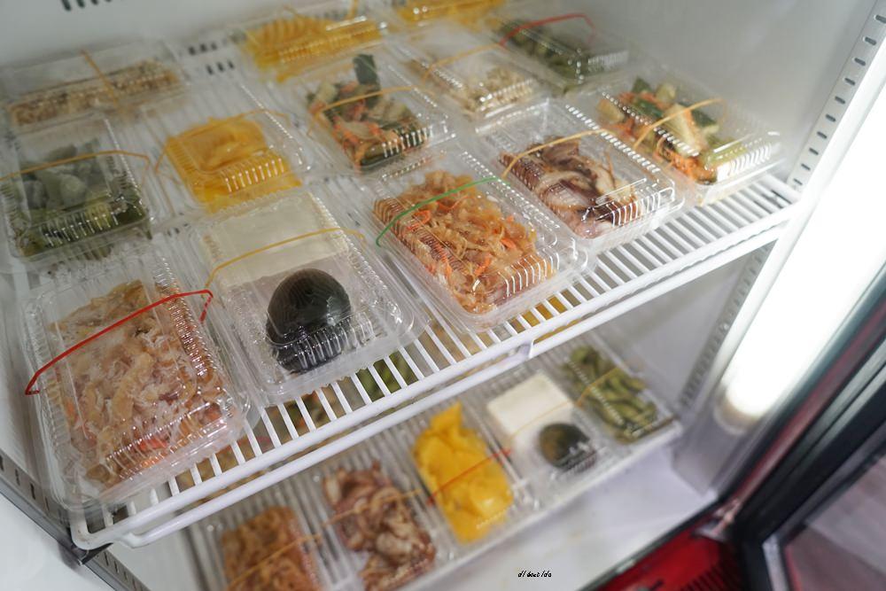 20180710142401 40 - 熱血採訪|皇宸饌小籠湯包 手工現做 超推薦蟹黃湯包 絲瓜蒸餃 水餃也好吃 近向上市場